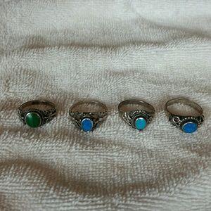 Set of 4 rings